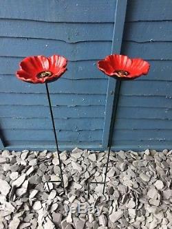 2 X Cast Iron Red Poppy Garden Ornament Wild Bird Poppy Dish Feeder Dish Bath