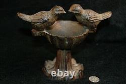 Antique Cast Iron Miniature Bird Bath Two Birds 5 x 5.5 Garden Statue Urn art