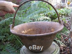 Antique Country Garden Farm Bell Cast Iron Cauldron Kettle Basin Urn Bird Bath