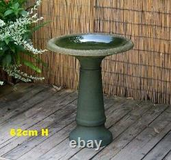 Large Bird Bath Bowl Outdoor Garden Ornament Patio Sculpt Decor Frost Proof 62cm