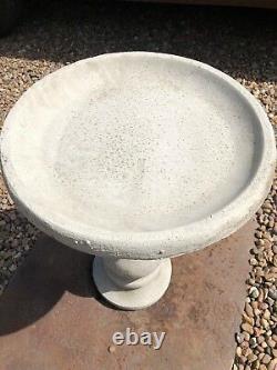 Round ball bird bath simple stunning design garden centre piece stone ornament J