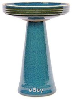 Simple Elegance Clay Garden Birdbath in Turquoise