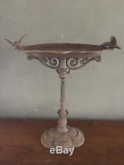 Vintage Rustic Cast Iron Bird Bath Feeder Flower Scroll Garden Decor Hummingbird